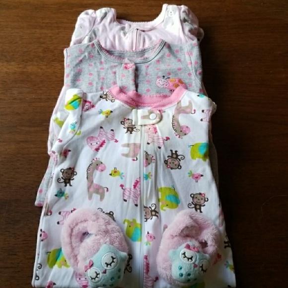3abaa5b5b carters Pajamas